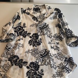 Women's tunic top. Navy and white. Size L